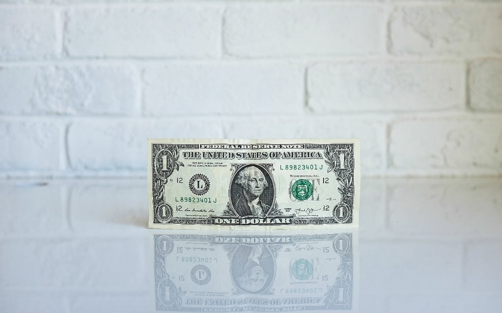Криптовалюты или фиатные деньги