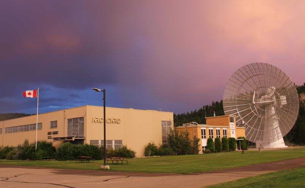 В Канаде работают над изучением неопознанных сигналов из космоса