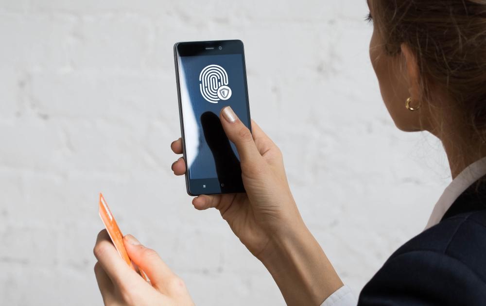 Россияне смогут удаленно получить банковские услуги с помощью биометрических данных