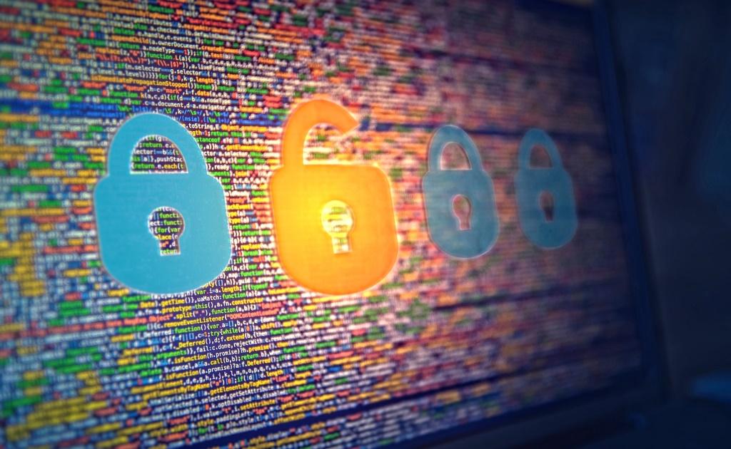 Хакеры взломали «невзламываемый» кошелек Джона Макафи