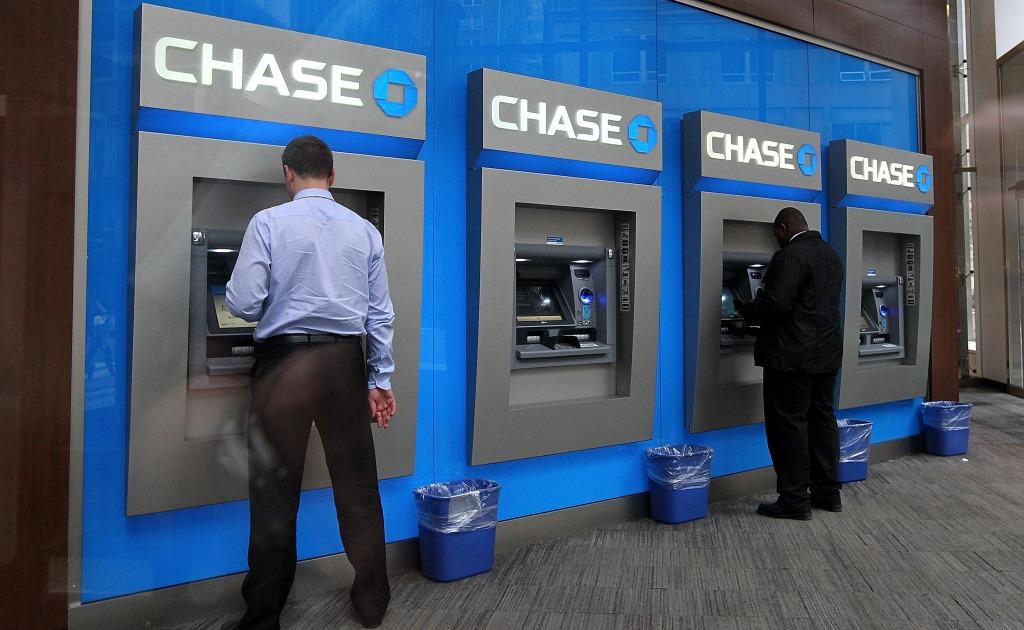 Почти все банкоматы JPMorgan Chase работают без карт
