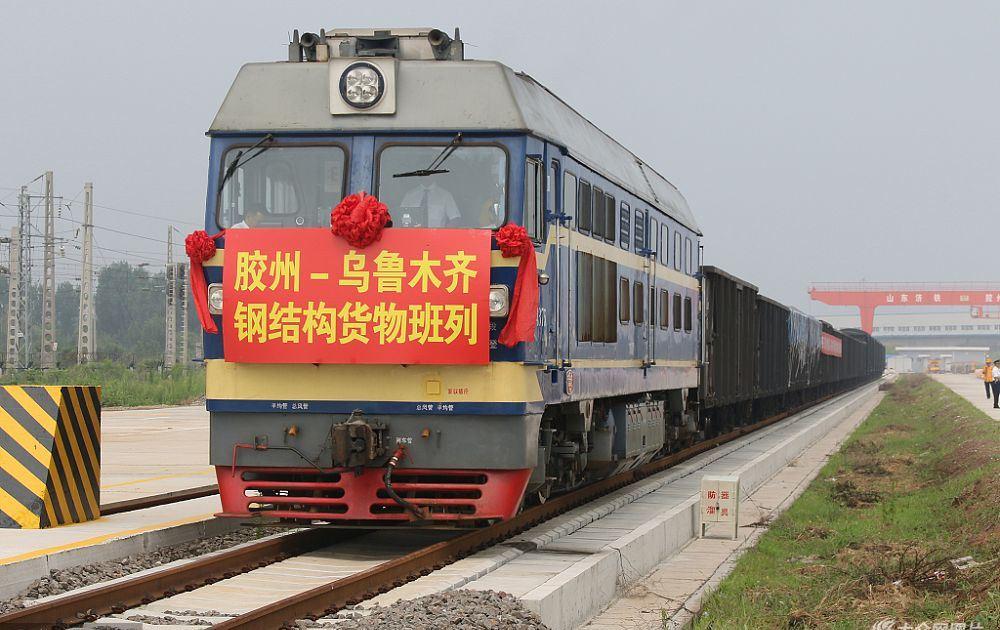 Китай планирует ввести пошлины на 85% товаров США