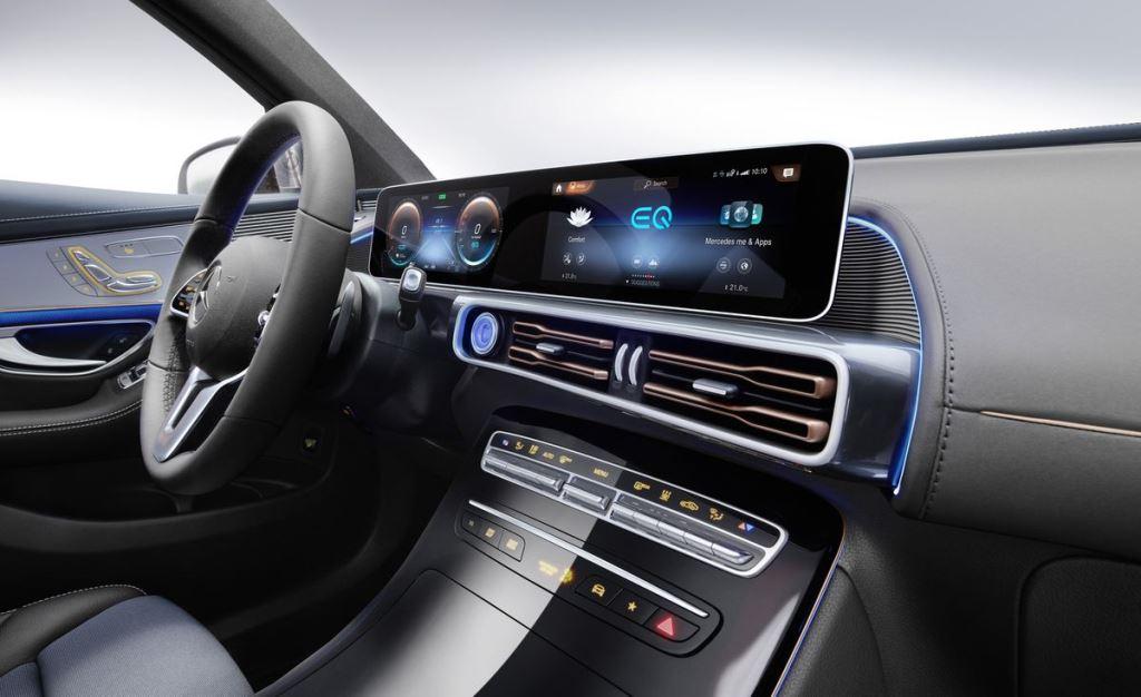 Mercedes инвестирует более $12 млрд в линию производства электромобилей
