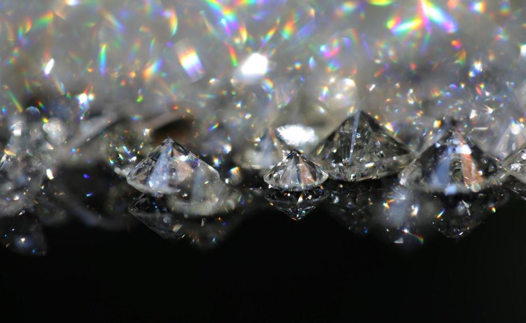 «Грязные» алмазы могут стать основной квантового интернета