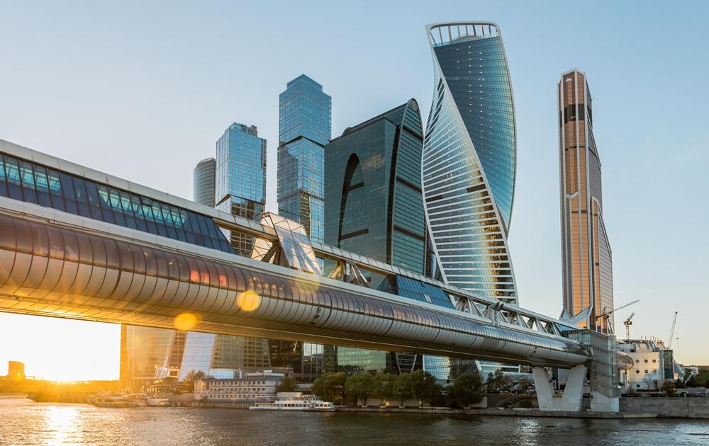 Политика, Россия и технологии