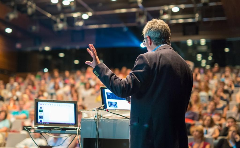 Эксперты «ФИНАМ» и РАКИБ расскажут, как заработать на цифровой экономике