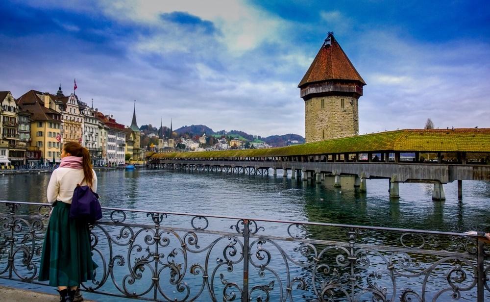 Швейцария хочет ввести e-franc