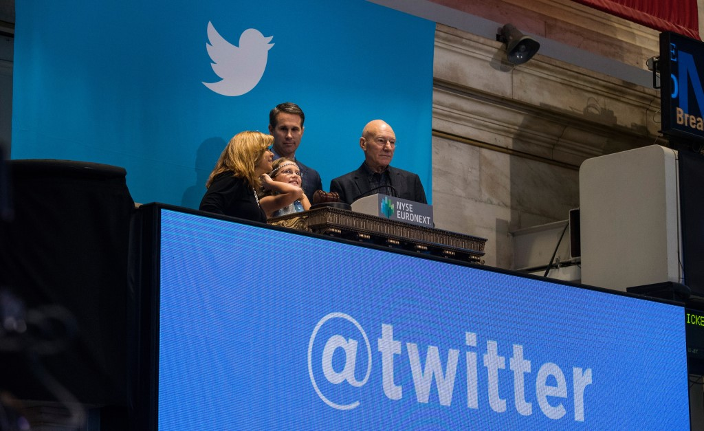 Криптосообщество попросило у Twitter защиты от мошенников