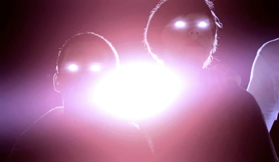 Ученые превратили глаза человека в лазер